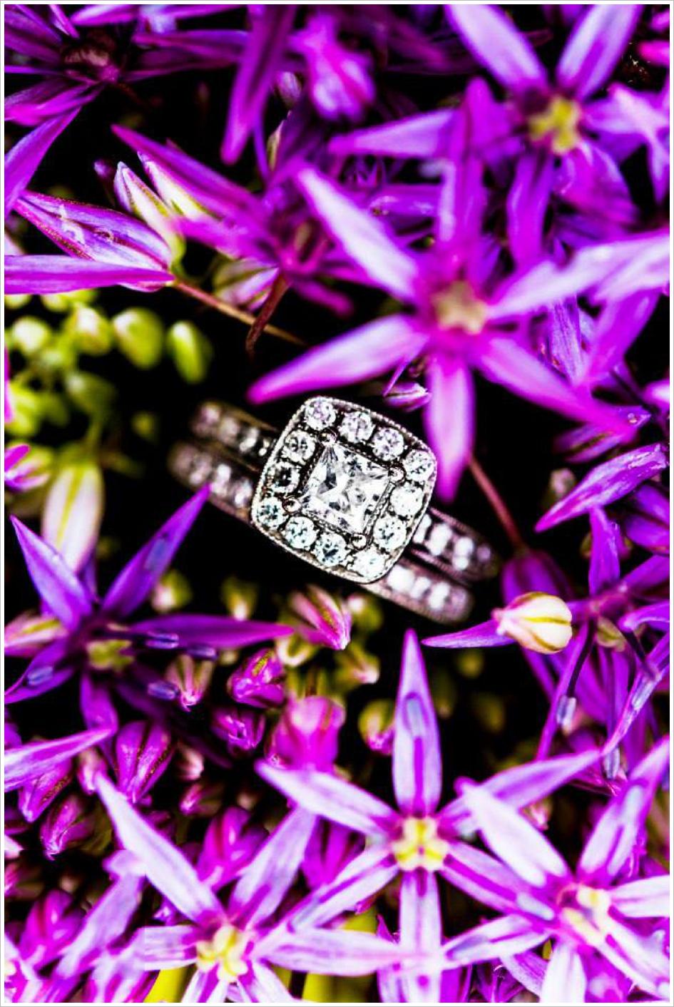 Stunning Engagement Ring Photo