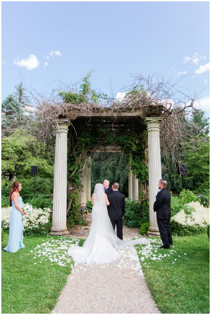 glen_magna_farms_garden_wedding_photos